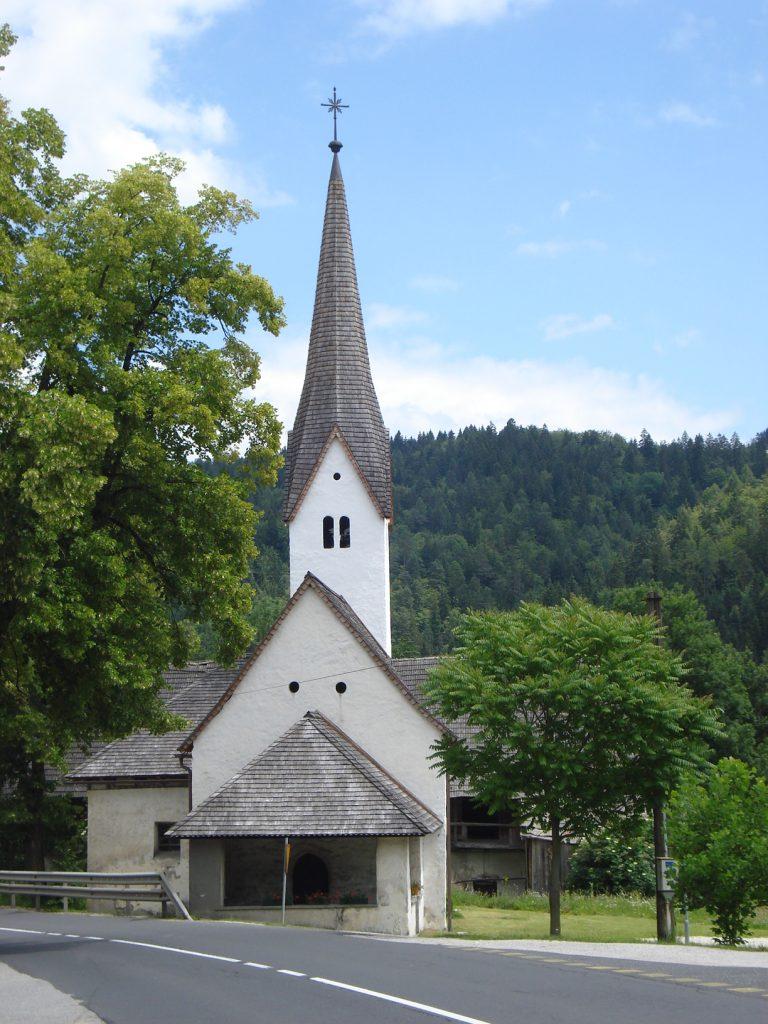 Cerkev Poljane